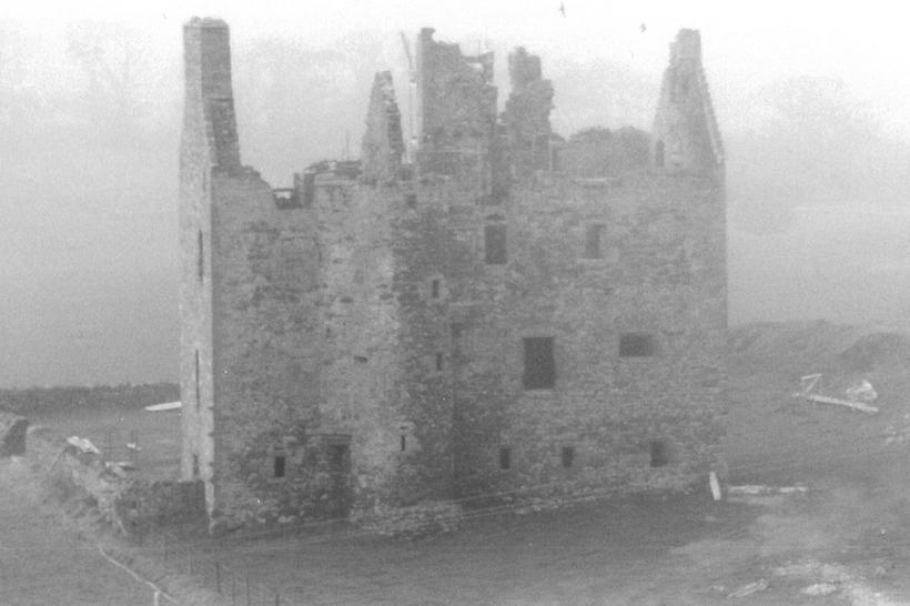Ruine Fenton Tower historic pic